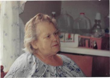 grandma-lola